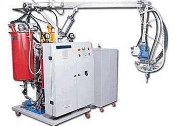 Máquina injetora de poliuretano